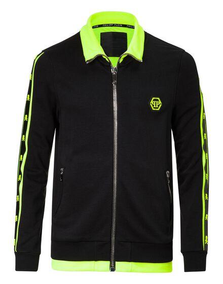 Jogging Jacket Closer