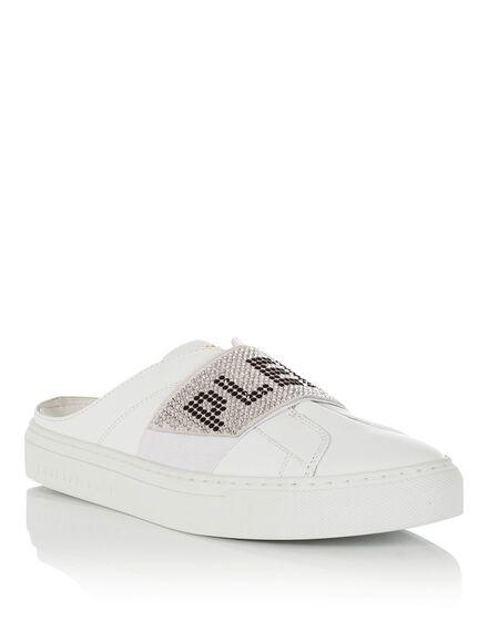Lo-Top Sneakers Hey boy