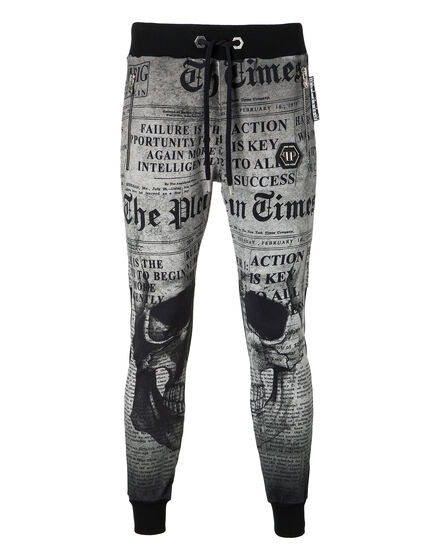 Jogging Trousers Action