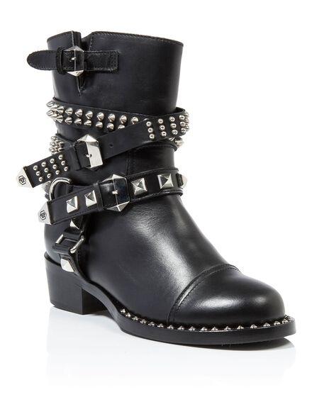 Boots Low Flat kler
