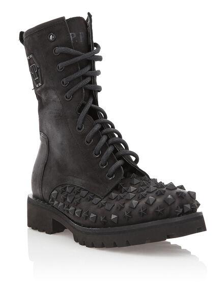 Boots Low Flat Tonight