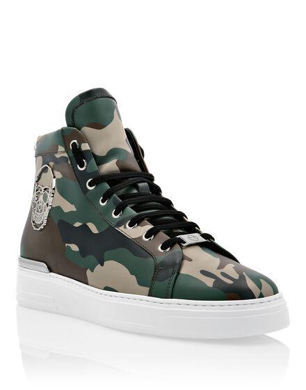 Hi-Top Sneakers Camou The $kull TM