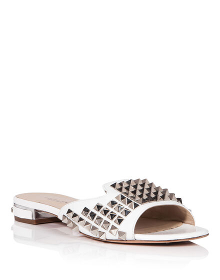 Sandals Flat With a bang