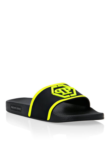 Flat gummy sandals Hexagon