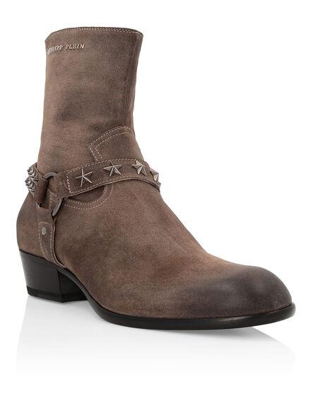 Boots Mid Flat John