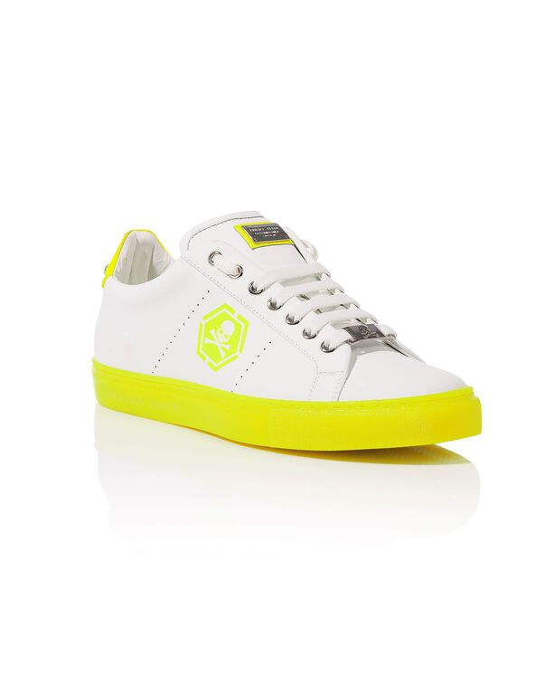 7222a1cea2c4e Lo-Top Sneakers