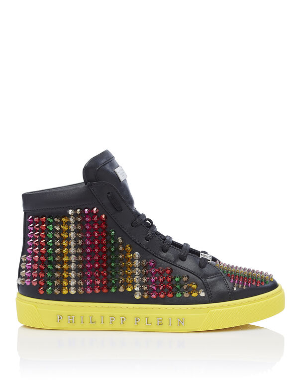 """Hi-Top Sneakers """"Out of control"""""""
