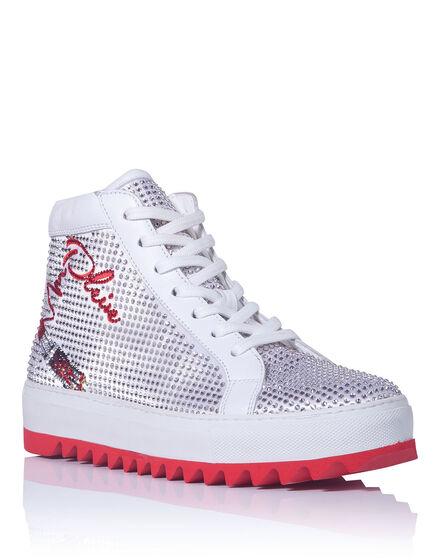 Mid-top sneaker Suva