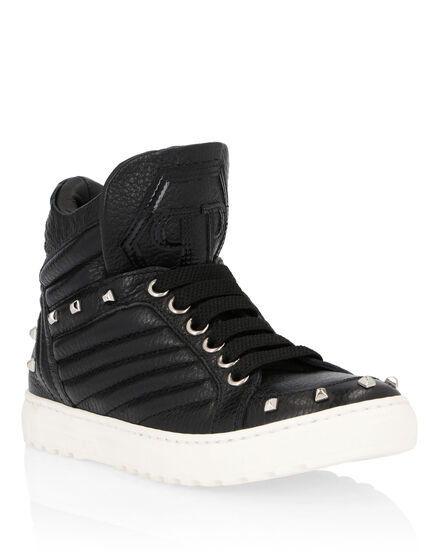 Hi-Top Sneakers Studs