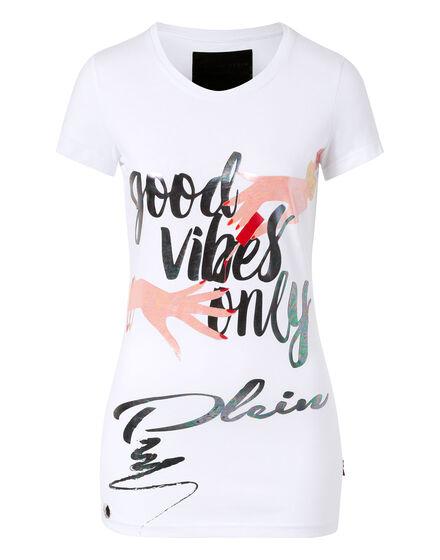 T-shirt vibes