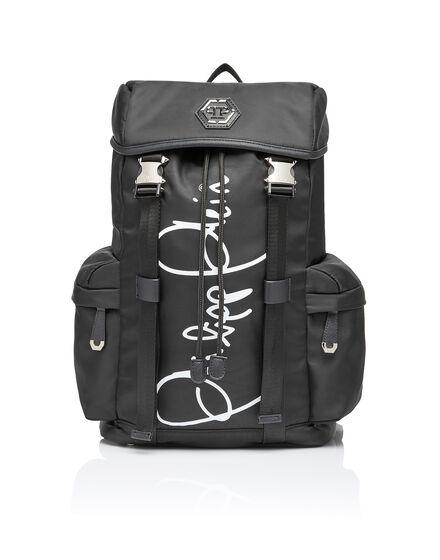 Backpack Paris roads