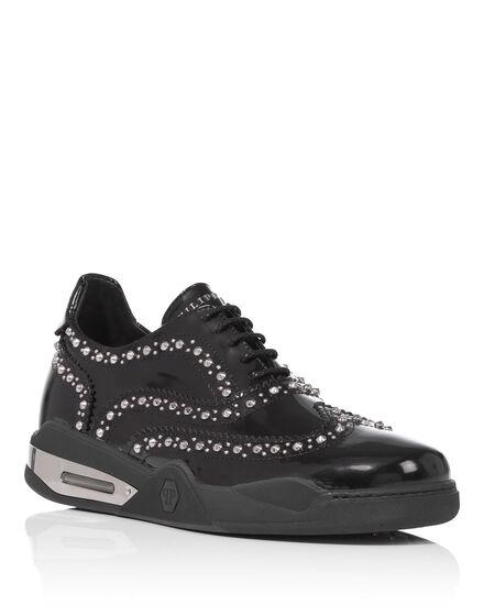 lace up shoe push it