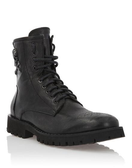 Boots Low Flat Rock man