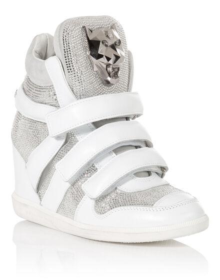 high sneakers crib