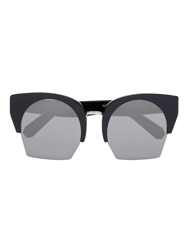 Sunglasses Statement