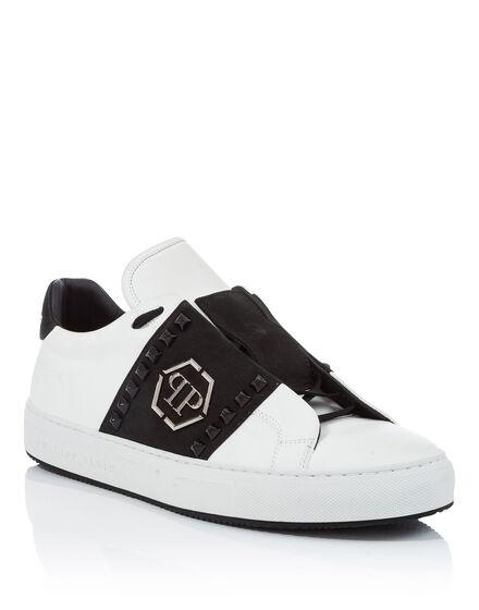 Lo-Top Sneakers The Night We Met