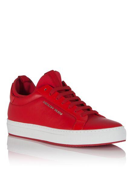 Lo-Top Sneakers way