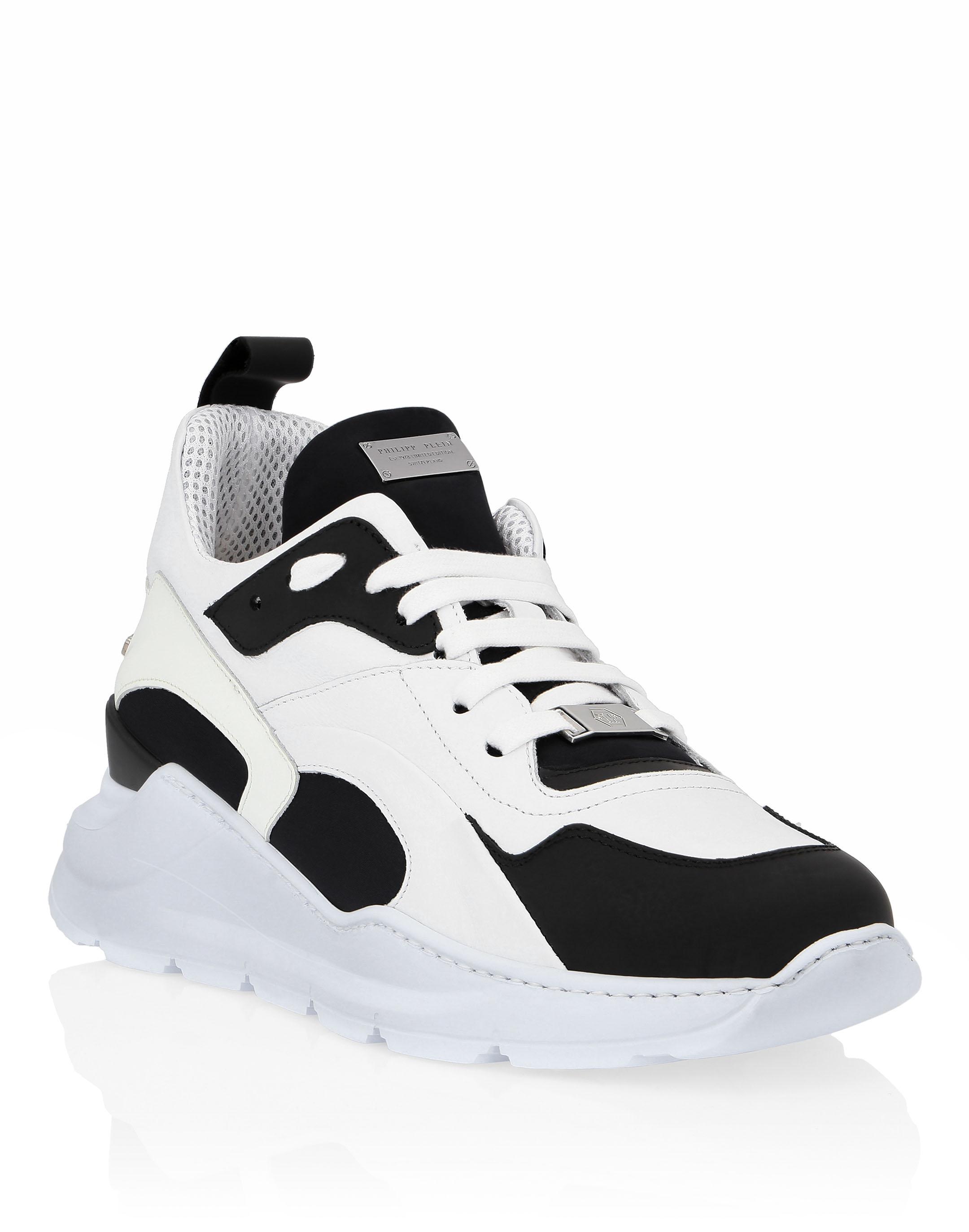 low sneakers \